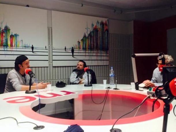 """El programa """"Como lo oyes"""" de Santiago Alcanda dedicado a Enrique Urquijo"""