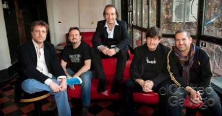 Lleno total en los 3 conciertos que ofrecen Los Secretos en Galicia esta semana